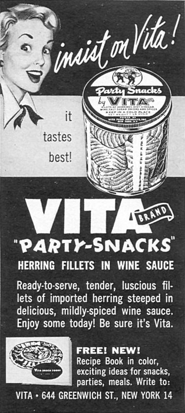 VITA BRAND HERRING FILLETS IN WINE SAUCE WOMAN'S DAY 12/01/1954 p. 134